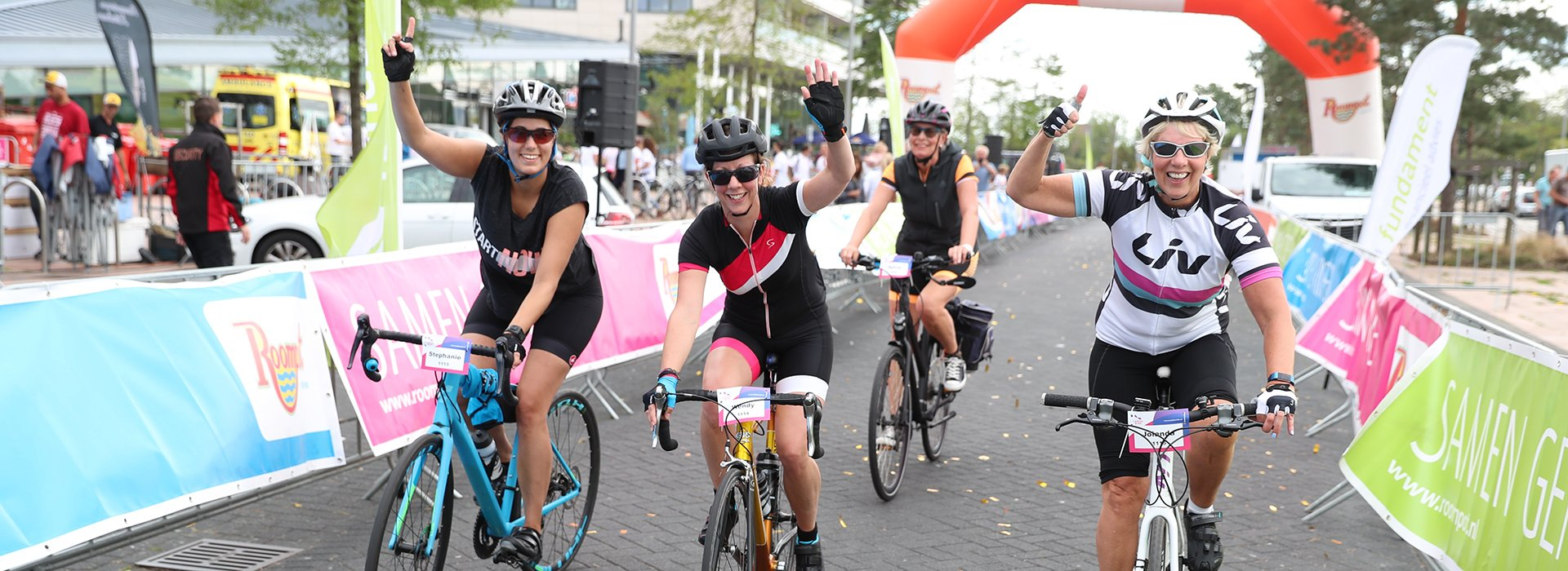 Iedereen over de finish bij Ladies Ride
